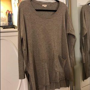 Beige'ish soft oversized sweater